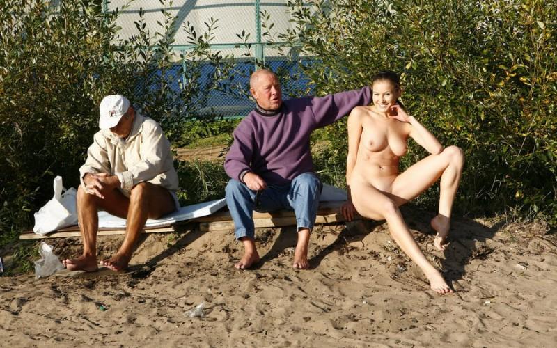 gymnast-girl-nude-in-public-08