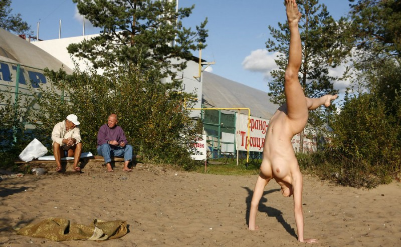 gymnast-girl-nude-in-public-13