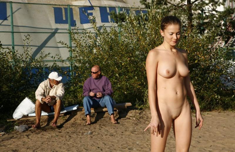 gymnast-girl-nude-in-public-17
