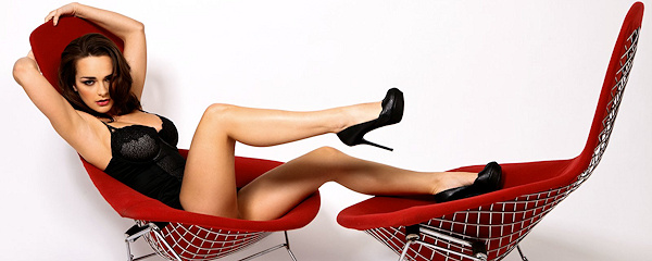 Hailee Rain – Red modern chair