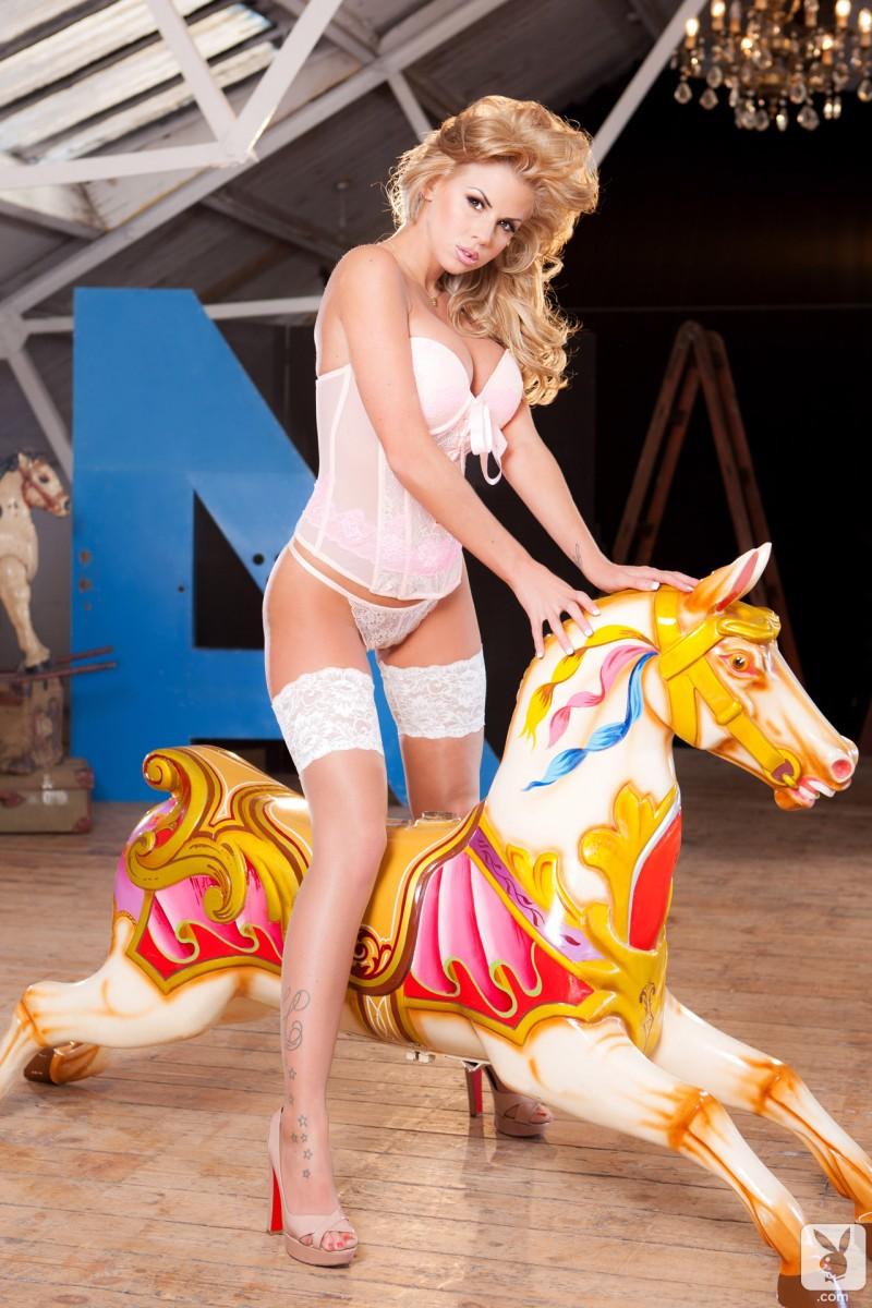 hannah-elizabeth-white-stockings-playboy-03