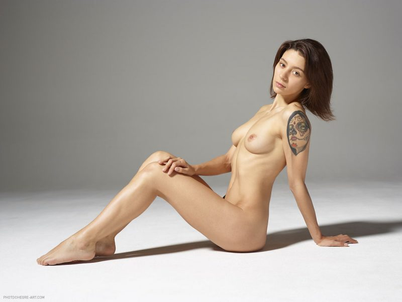 rose-nude-tattoos-hegre-art-06