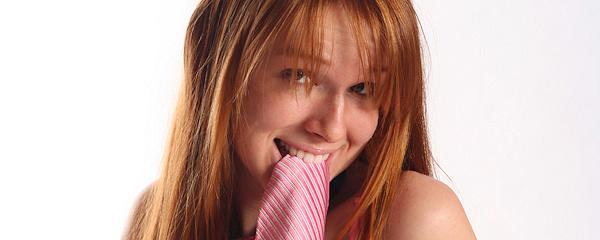 Hannah – Pink tie