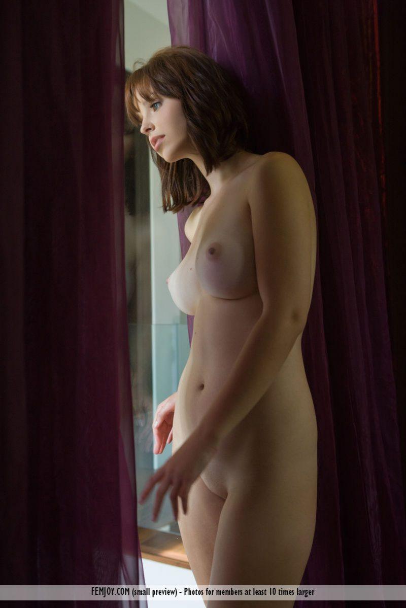 hayden-w-nude-home-femjoy-09