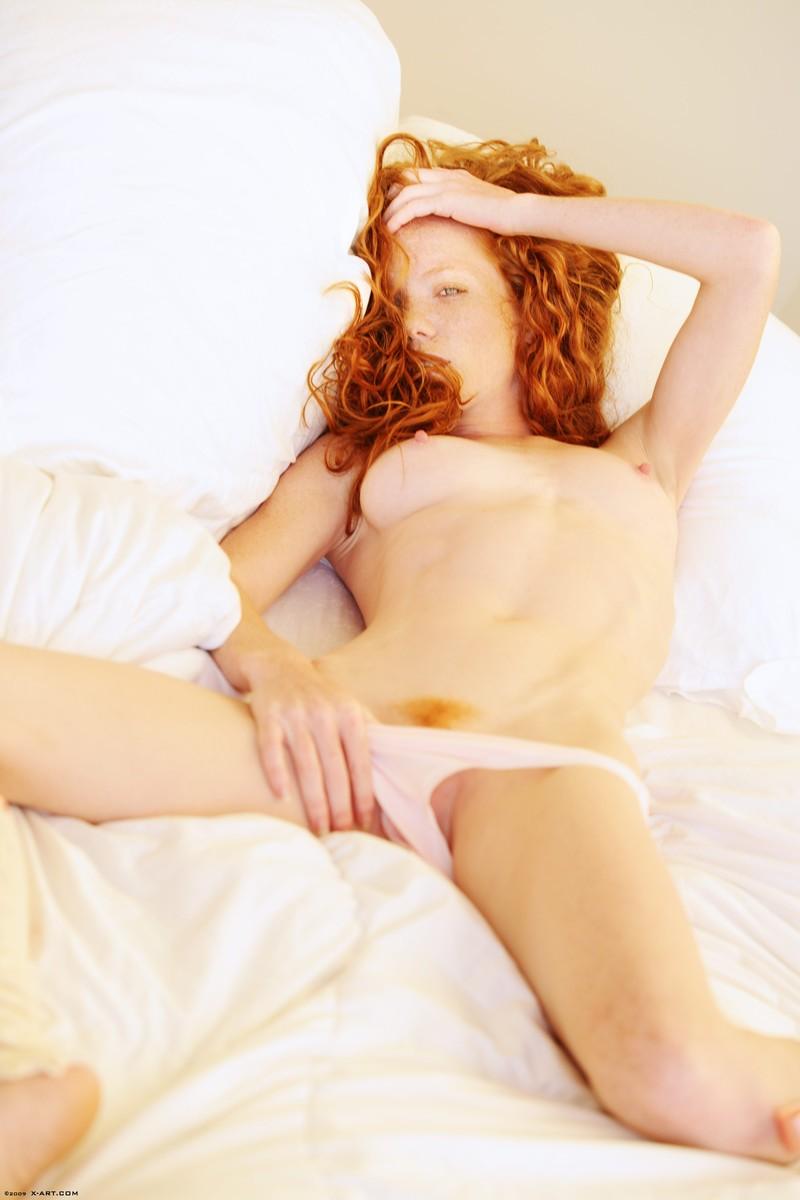 scarlett-redhead-nude-leg-warmers-xart-14