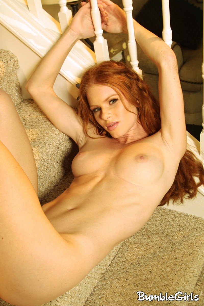 heather-christensen-stairs-redhead-nude-bumblegirls-16