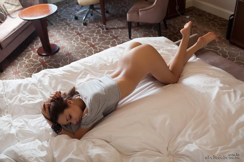 helga-lovekaty-nude-bella-da-semana-16