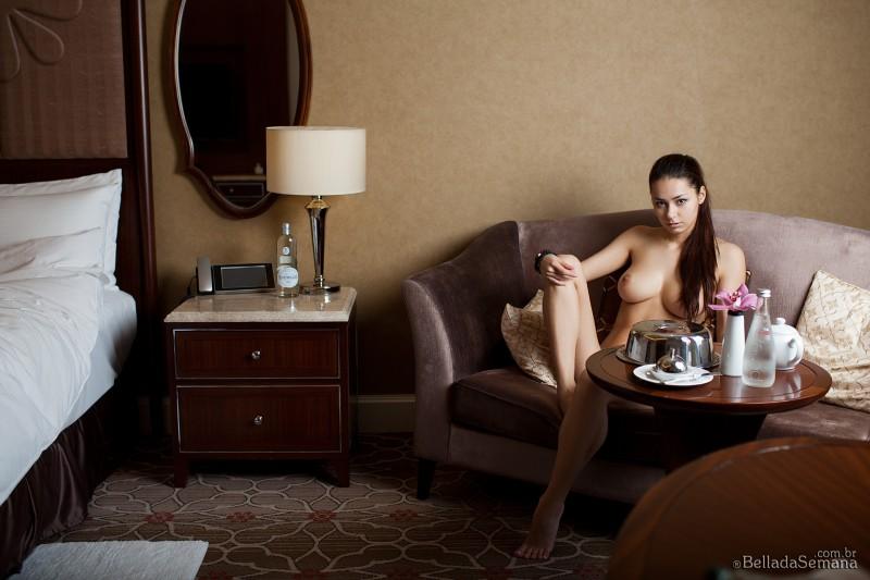 helga-lovekaty-nude-bella-da-semana-17