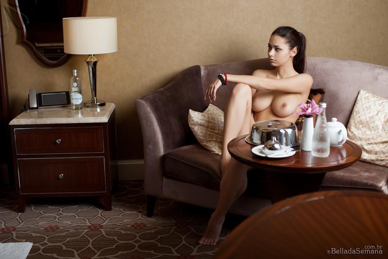 helga-lovekaty-nude-bella-da-semana-18