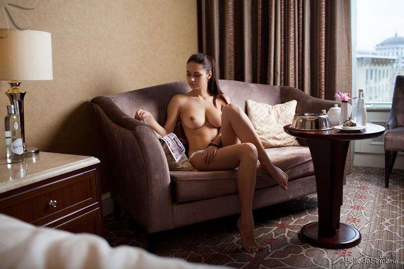 helga-lovekaty-nude-bella-da-semana-20