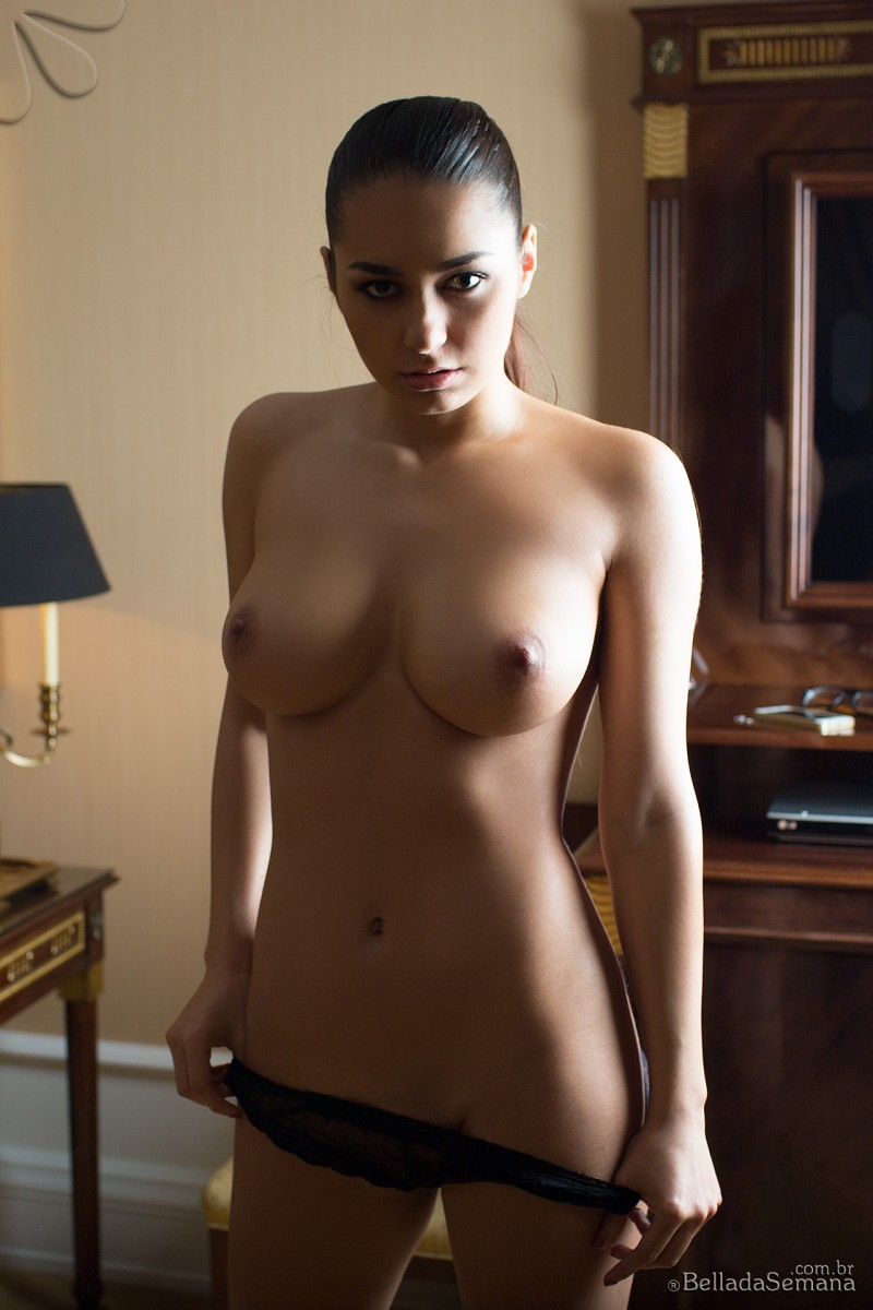 helga-lovekaty-nude-bella-da-semana-24