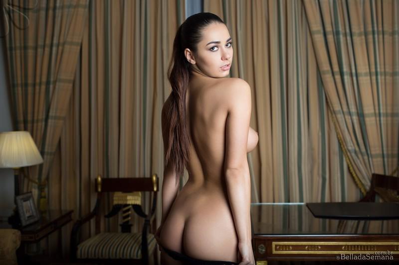 helga-lovekaty-nude-bella-da-semana-28