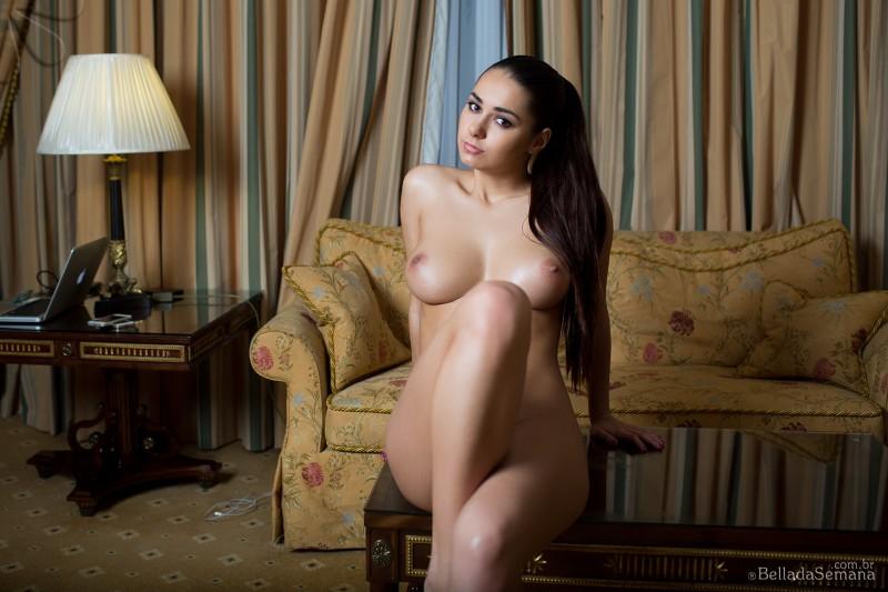 helga-lovekaty-nude-bella-da-semana-37