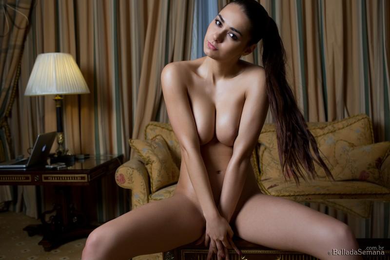 helga-lovekaty-nude-bella-da-semana-39