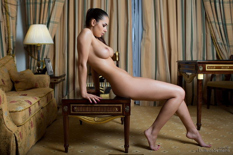 helga-lovekaty-nude-bella-da-semana-41