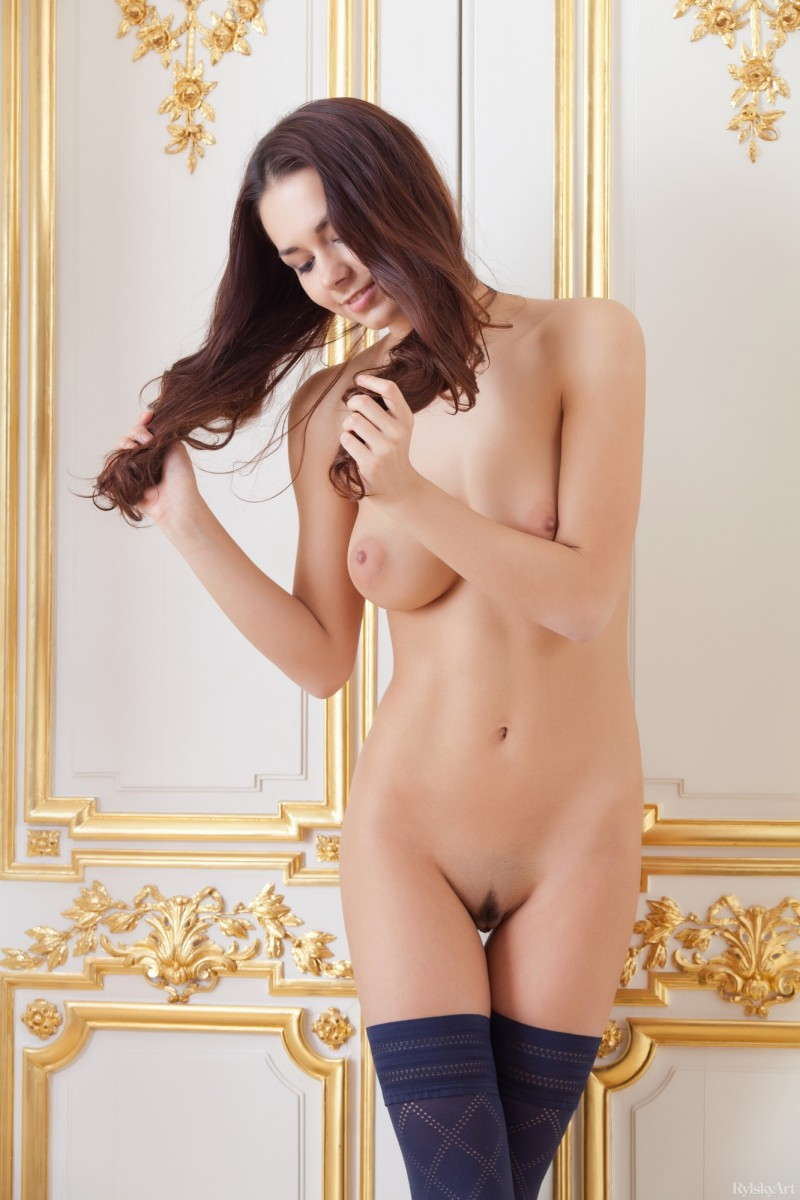 helga-lovekaty-nude-stockings-rylskyart-10