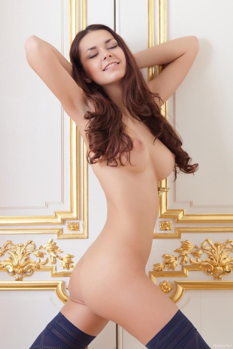 helga-lovekaty-nude-stockings-rylskyart-19