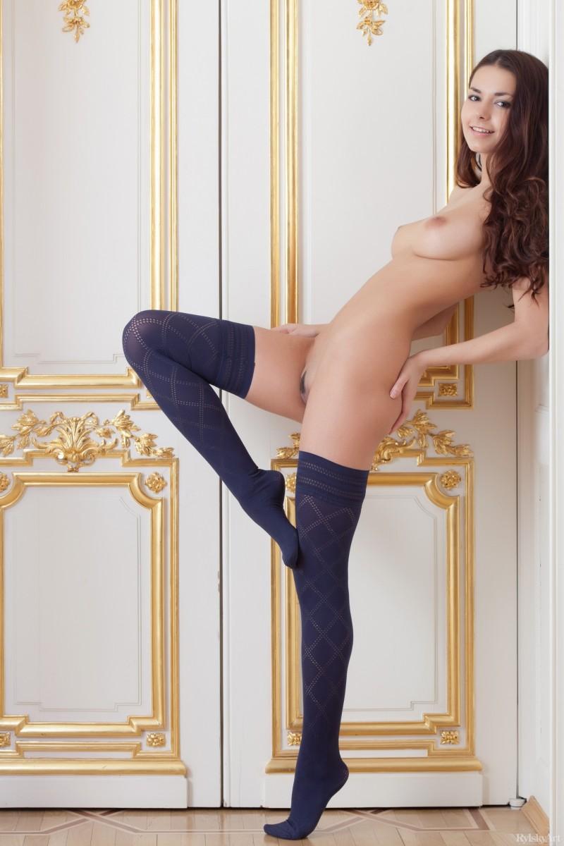 helga-lovekaty-nude-stockings-rylskyart-22