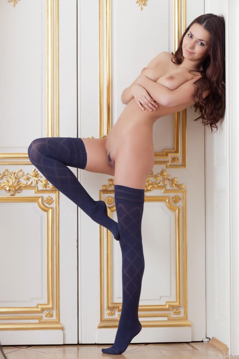 helga-lovekaty-nude-stockings-rylskyart-25