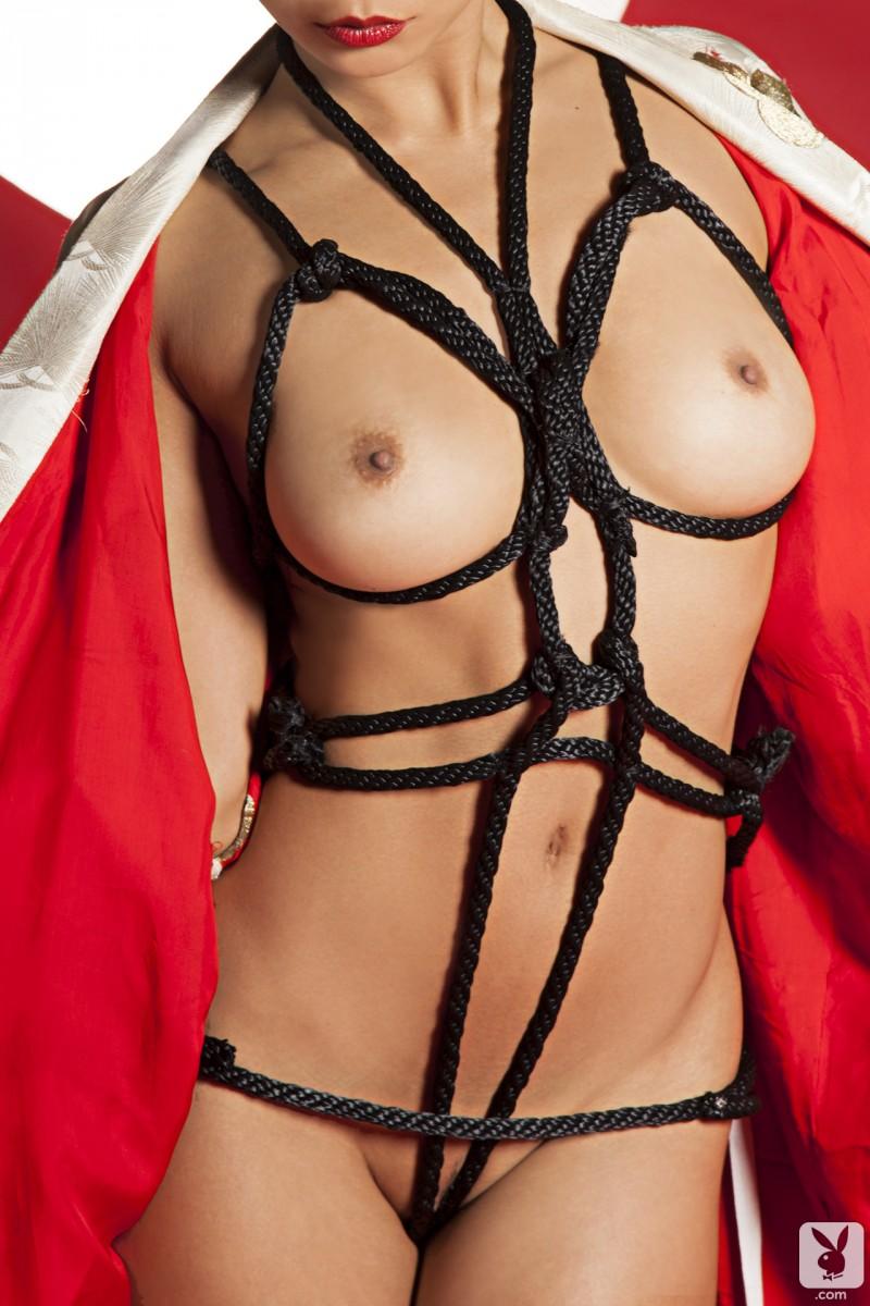 hiromi-oshima-bondage-playboy-19
