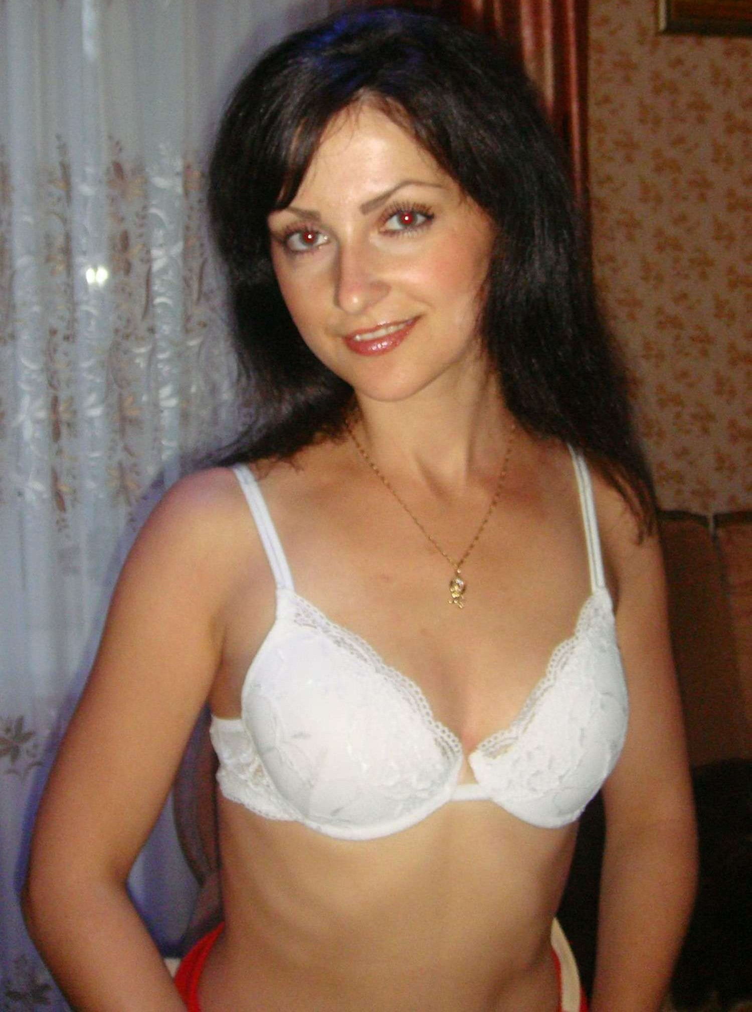Amateur nude milf photos
