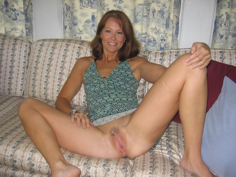 жена лариса голая пися волосатая на фото