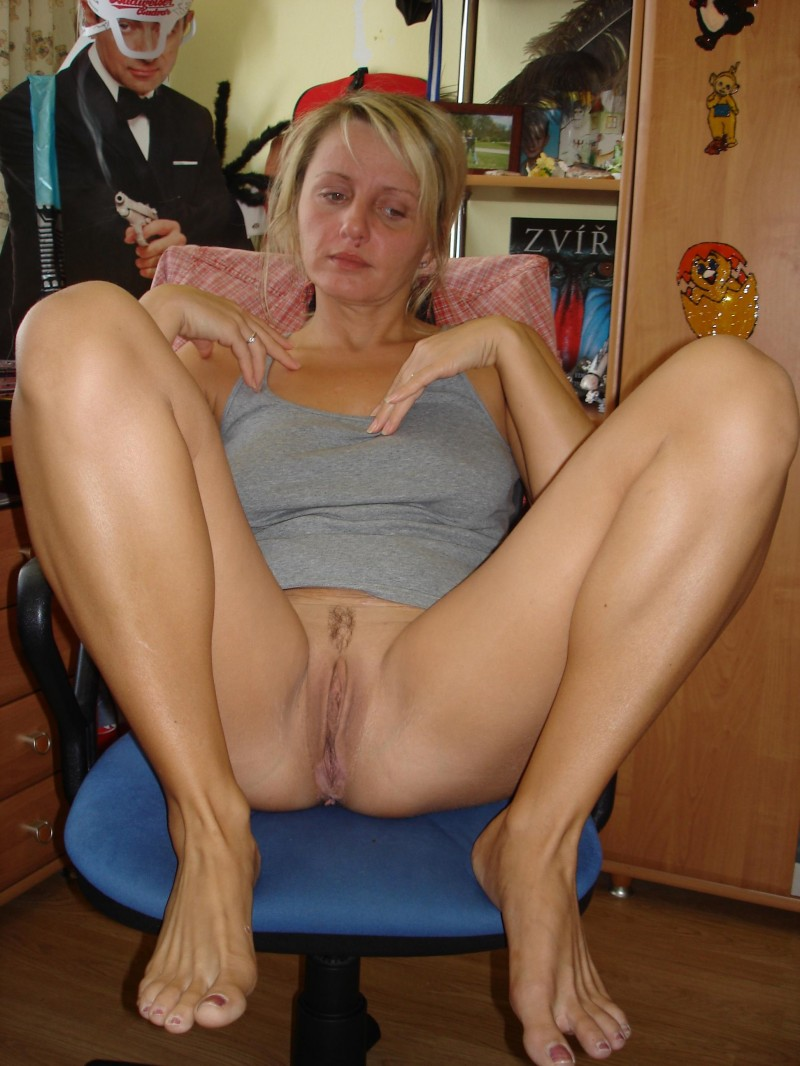 moms pussy photos amateur Older