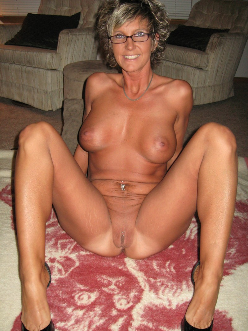 Mature blonde short hair nude that can