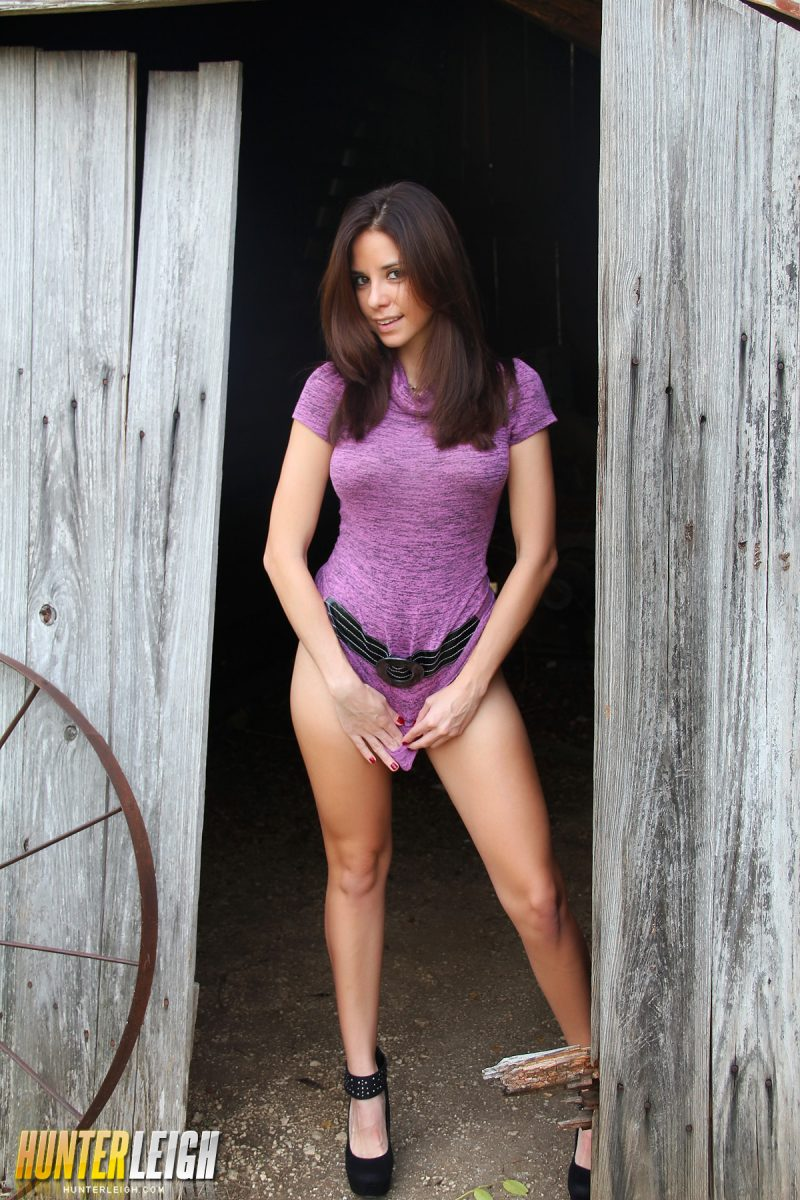 hunter-leigh-shed-purple-dress-nude-04