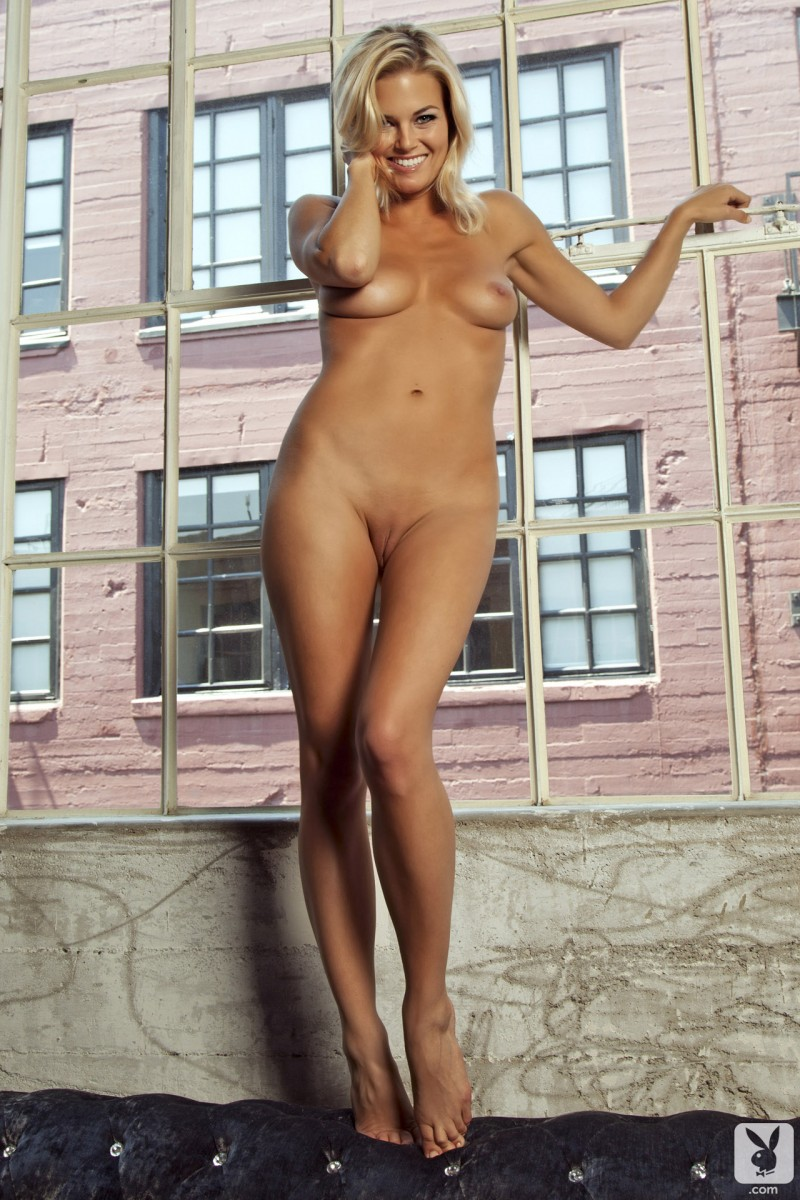 hunter-mccloud-amateur-playboy-13