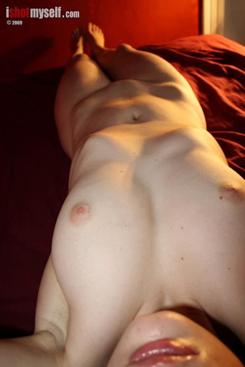 marie-b-nude-ishotmyself-08