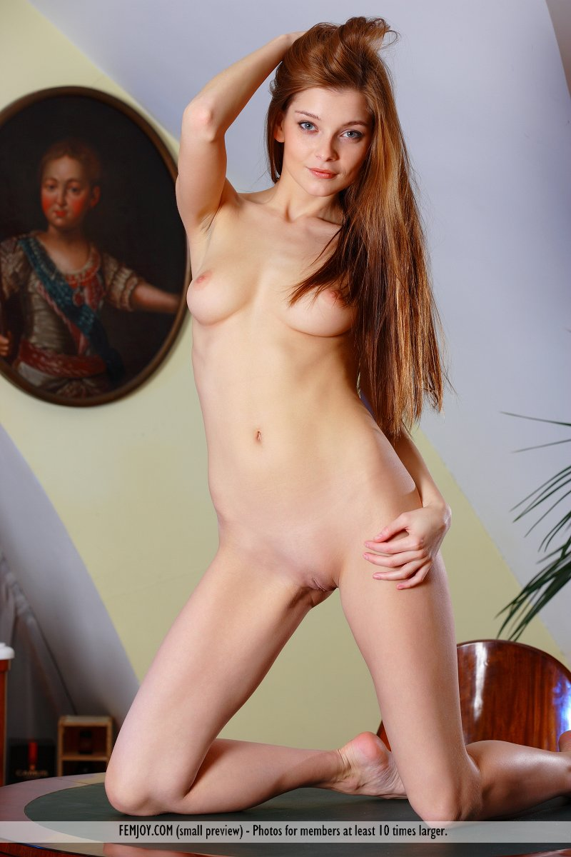 pictures nude angelina b
