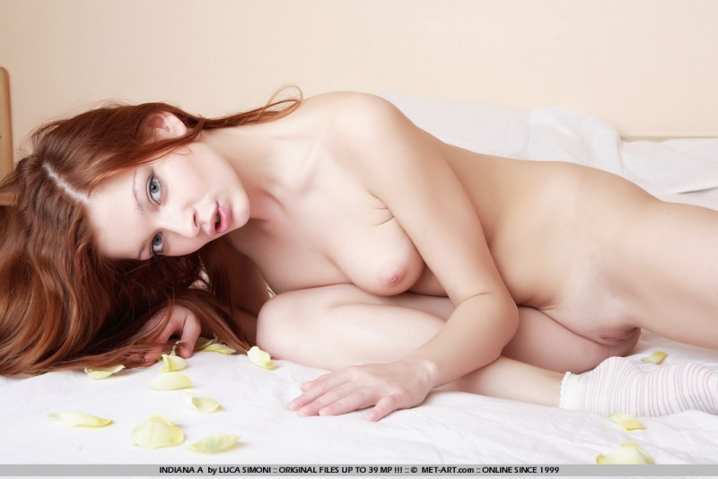 indiana-a-nude-socks-redhead-metart-06