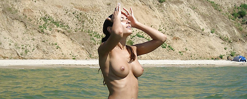 Innuska – Ukrainian nudist girl