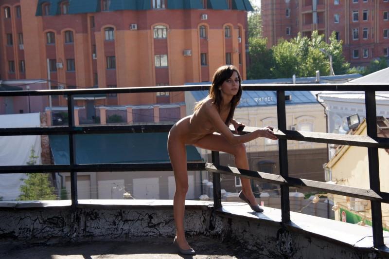 irina-k-naked-in-public-russia-kazan-20