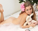 snejana-christmas-tree-naked-amour-angels