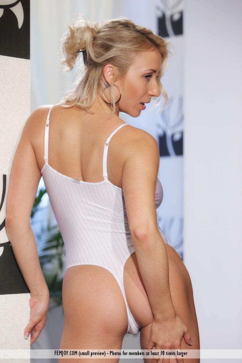 ella-c-white-bodysuit-nude-femjoy-02