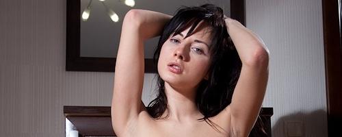 Iva – Cute brunette