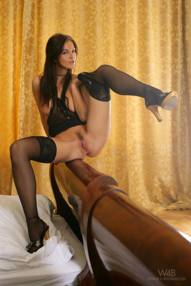 ivette-blanche-black-stockings-nude-watch4beauty-16