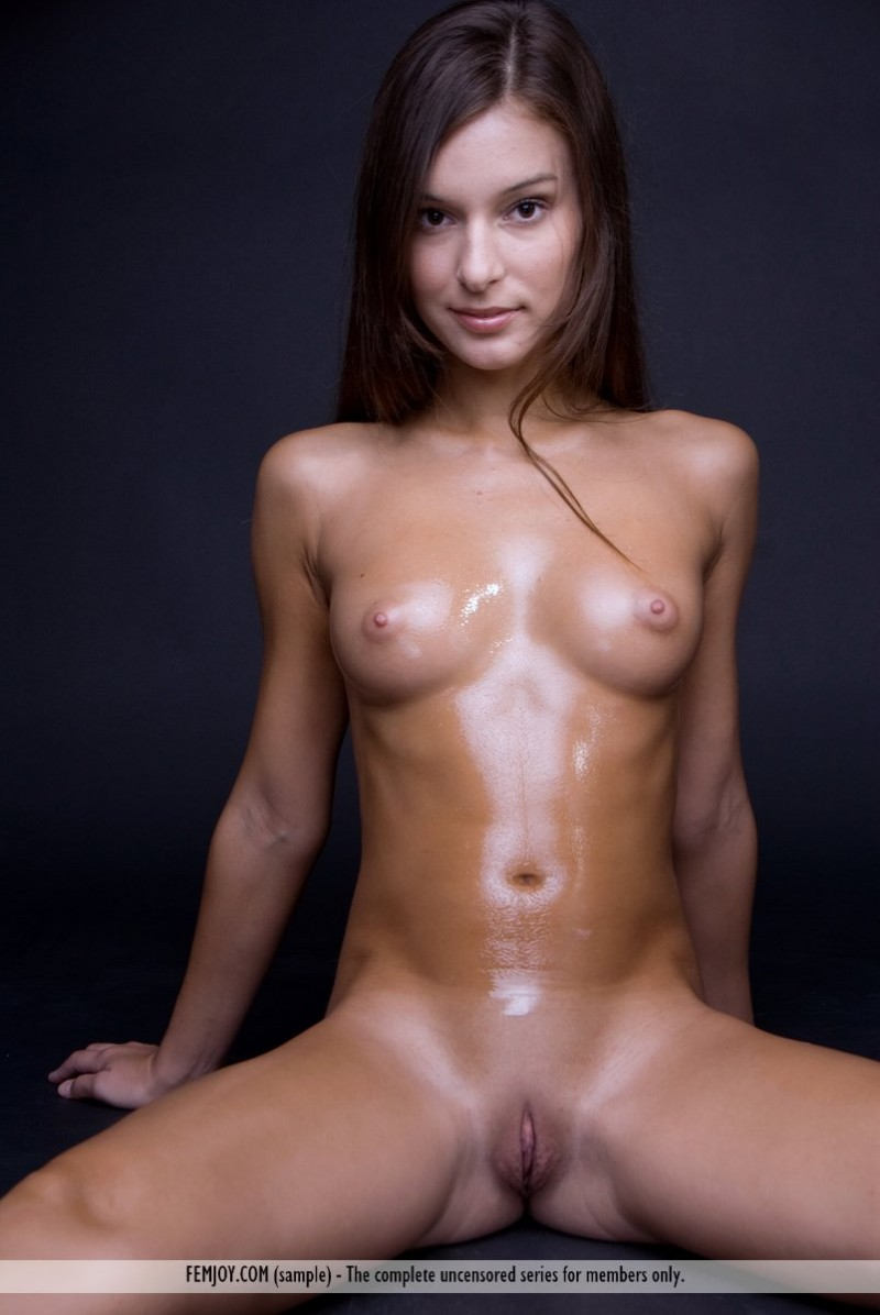 Opinion Oil body nude women for that