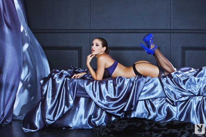 jaclyn-swedberg-garters-stockings-playboy-05