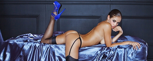 Jaclyn Swedberg – Blue high heels