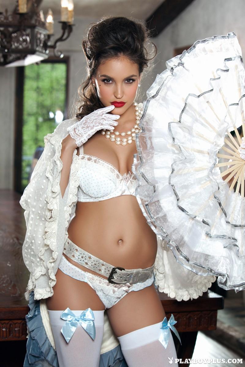 jaclyn-swedberg-white-stockings-naked-playboy-03