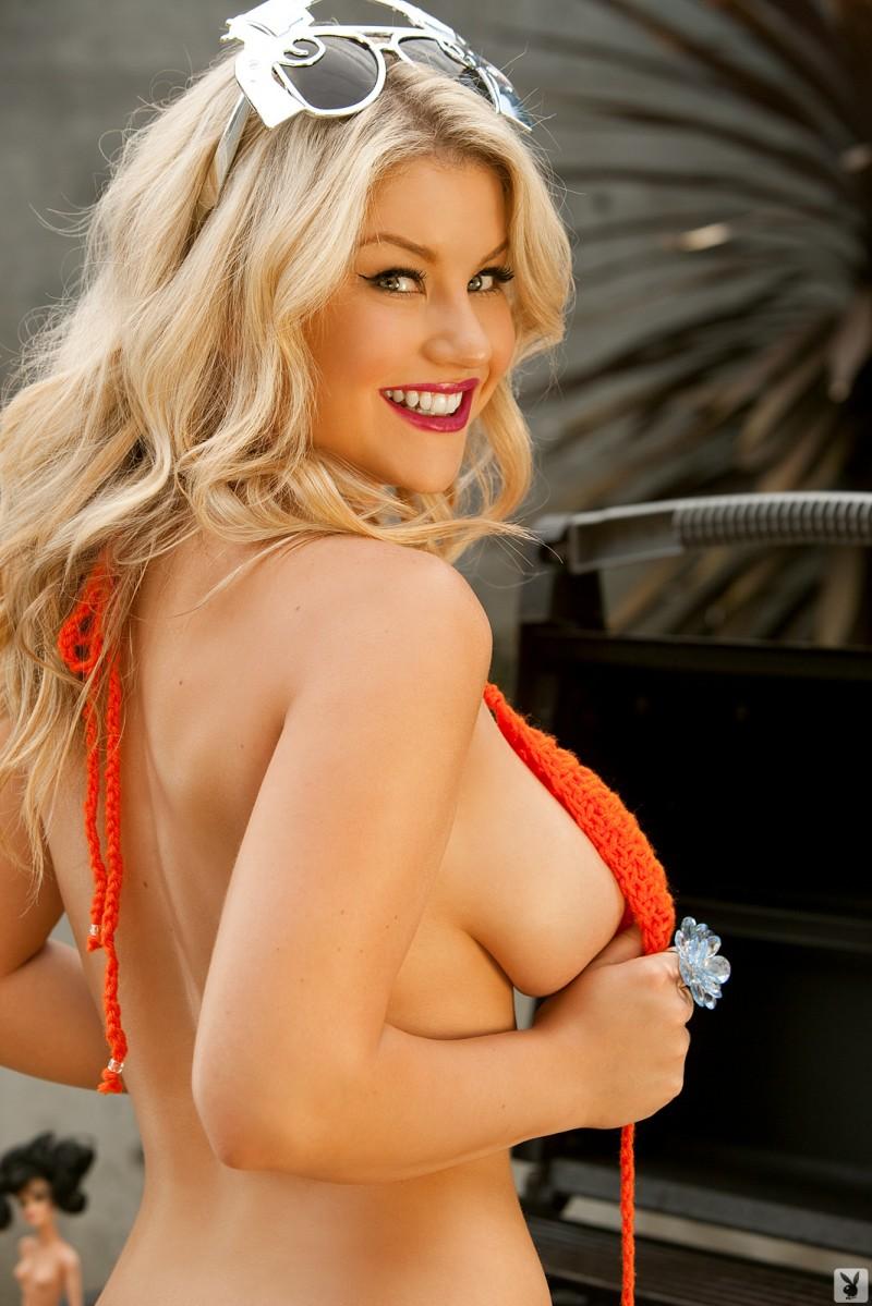 Marg helgenberger breasts