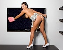 jamie-graham-cleaning-tv-playboy