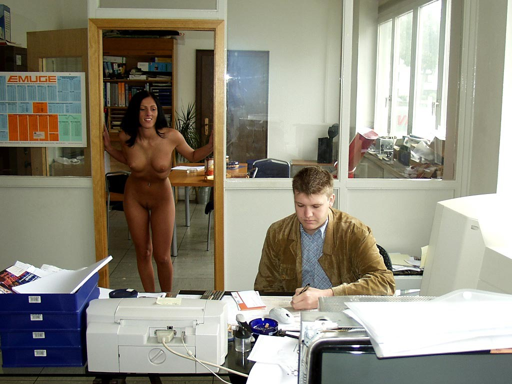 jana-k-office-brunette-nude-in-work-10