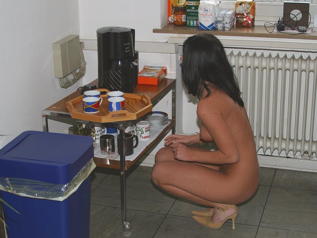 jana-k-office-brunette-nude-in-work-17