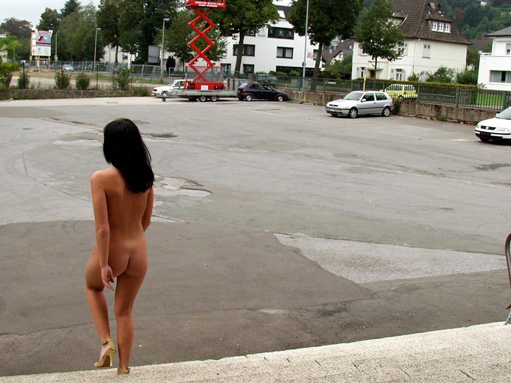 jana-k-office-brunette-nude-in-work-48