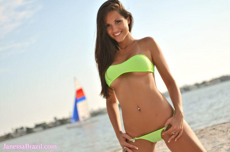 janessa-brazil-seaside-bikini-nude-03