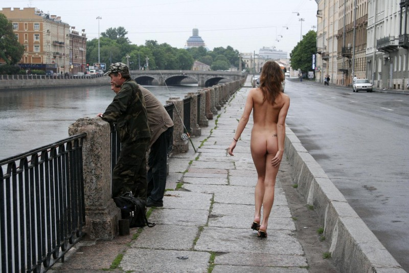 janina-st-petersburg-nude-in-russia-14